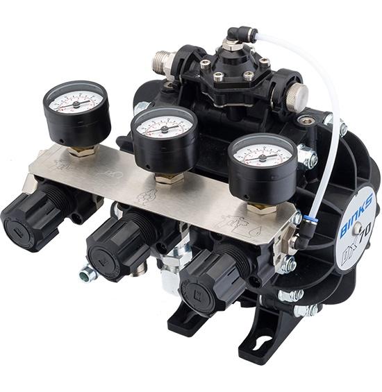 DX70 Membranpumpe mit Materialregler und 3 Luftreglern