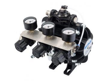 DX70 Diaphragm Pump with material regulator